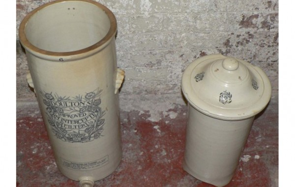 Doulton Candle Type Ceramic Water Filter 1890