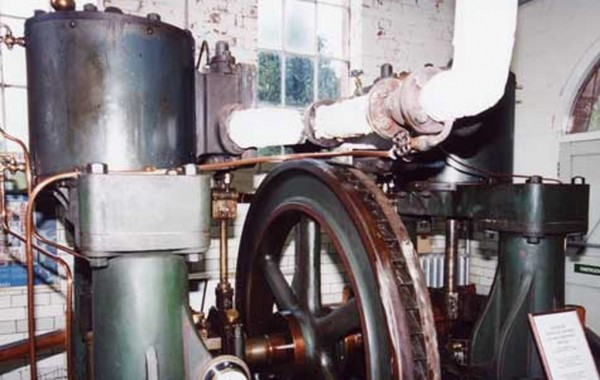 Worth McKenzie Twin Duplex Steam Engine 1906